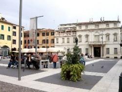 padova,strade di padova,turismo padova terme euganee,piazza cavour,cultura popolare,cinema eden,galleria civica padova